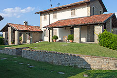 Luxury Country Home for sale in the Piemonte region of Italy -
